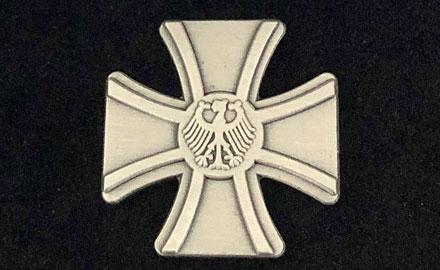 SH Haffkrug Veteranenabzeichen der Bundeswehr 2019 DocHeintz Wikimedia Commons web