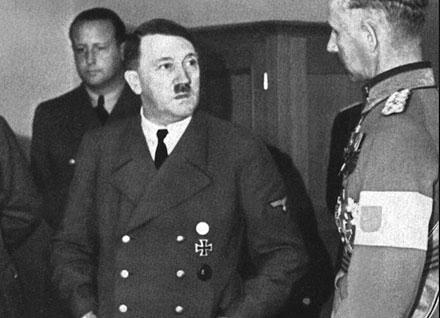 SH Wulfsdorf Hitler EK web